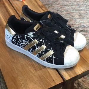 Figura Acelerar Alfombra  adidas Shoes | Adidas Superstar Star Wars Death Star Shoes | Poshmark